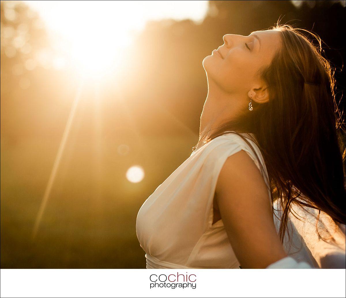 13-fotoshooting wien porträtfotos fotograf schloss laxenburg natur wiese gegenlicht-20120907-_KO_0816