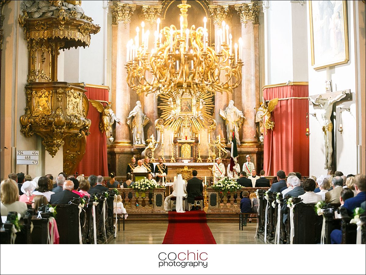 008-hochzeitsfotografie-wien-piaristenkirche-haus-der-ingenieure-rooftop-da%cc%88cher-wien-089