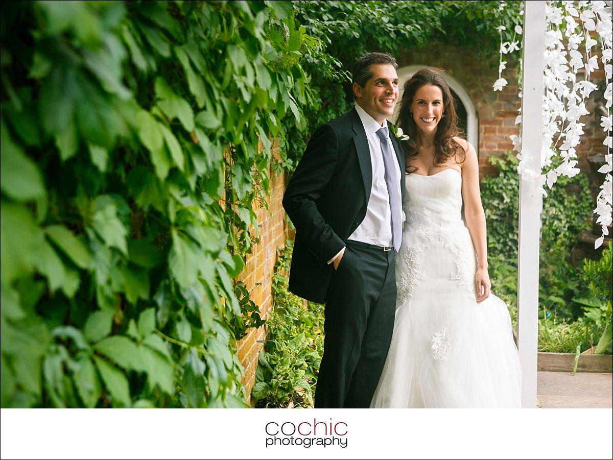 023-wedding-photographer-london-northbrook-park-europe-cochic-photography-jewish-wedding-290